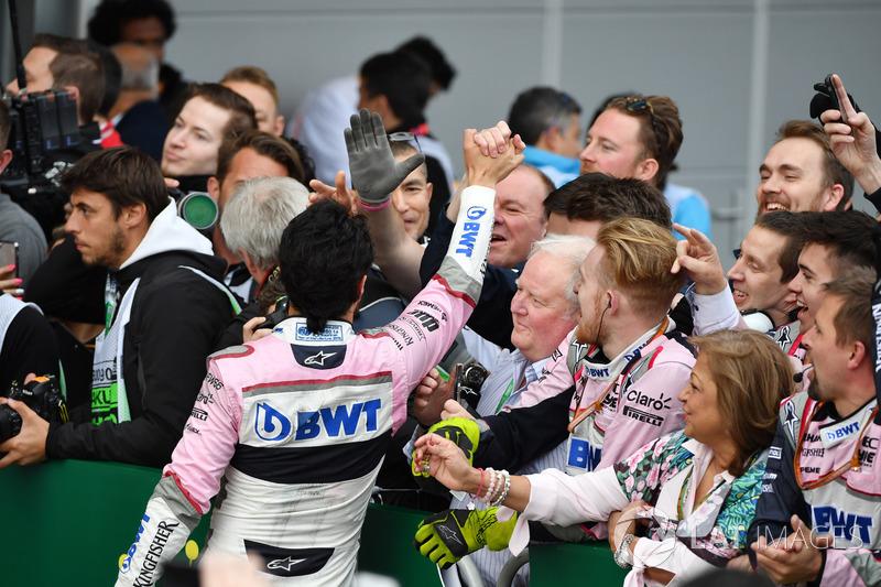 Sergio Perez, Force India celebra en parc ferme