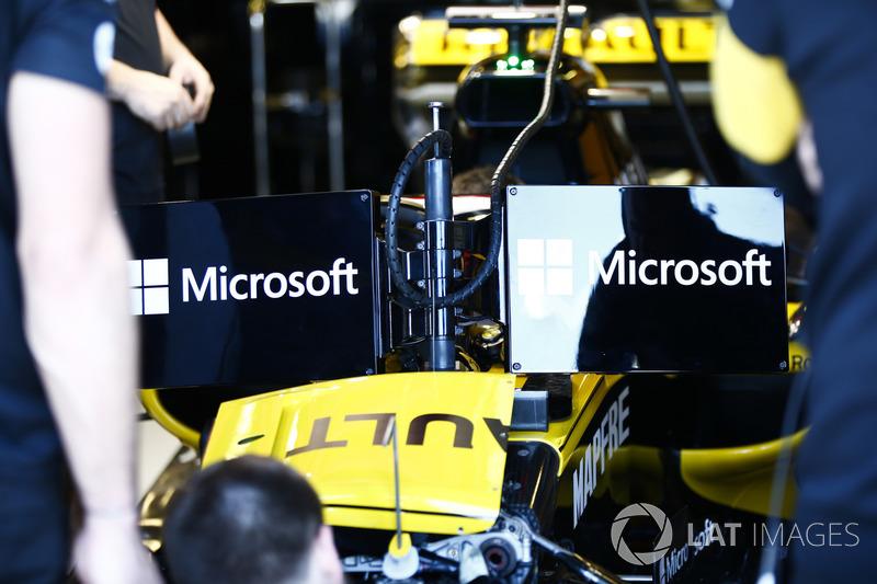 Nico Hulkenberg, Renault Sport F1 Team R.S. 18, con las pantallas y la visión no tan amigable del Halo