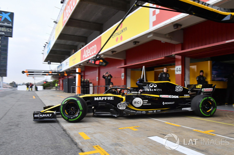 Карлос Сайнс-мл., Renault Sport F1 Team RS18