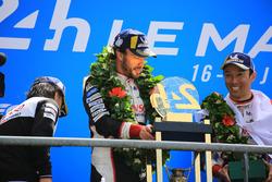 Кадзукі Накадзіма, Фернандо Алонсо, Toyota Gazoo Racing