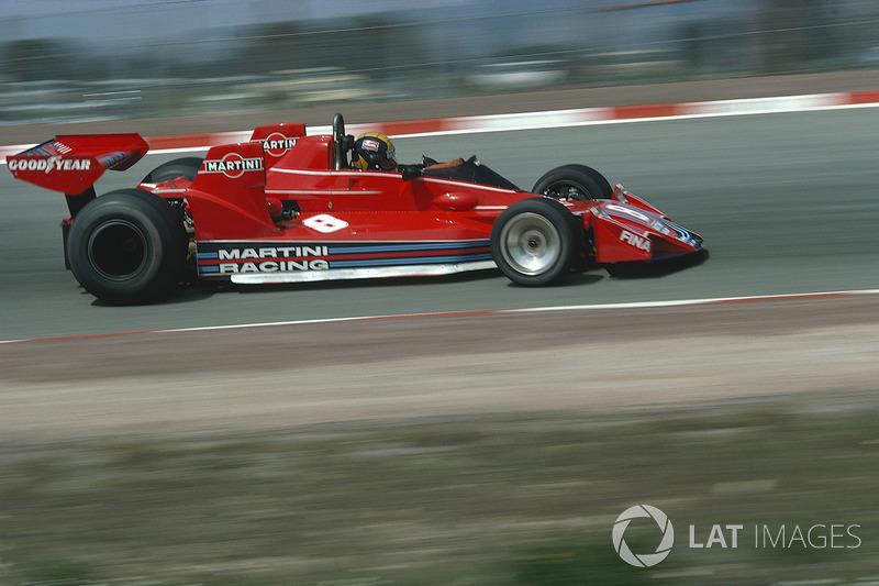 A Alfa Romeo retornou como fornecedora de motores em 1976, dando à Brabham um propulsor de 12 cilindros.