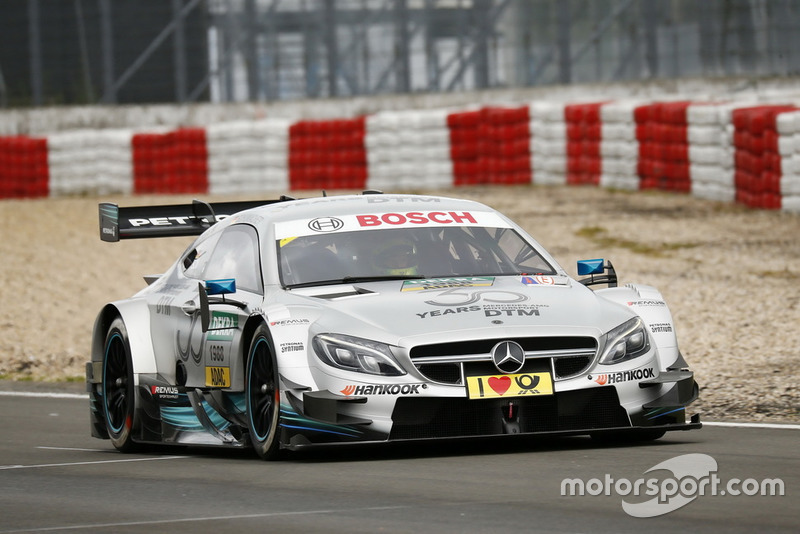 Mick Schumacher menggeber Mercedes-AMG C63 DTM