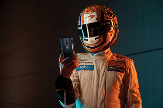 Evento 'Salute to Speed' de McLaren y OnePlus