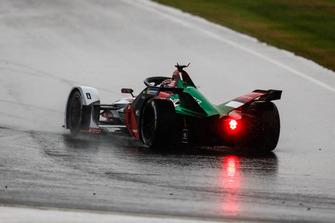 Daniel Abt, Audi Sport ABT Schaeffler, Audi e-tron FE05 part en tête-à-queue sous la pluie