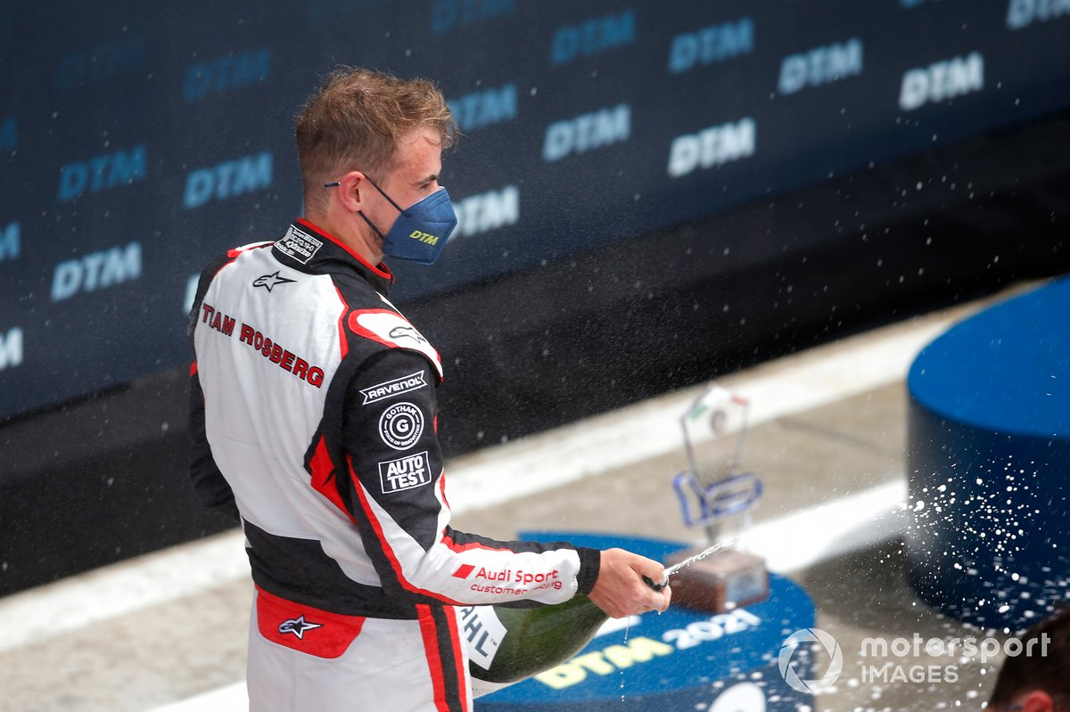 Podium: Nico Müller, Team Rosberg