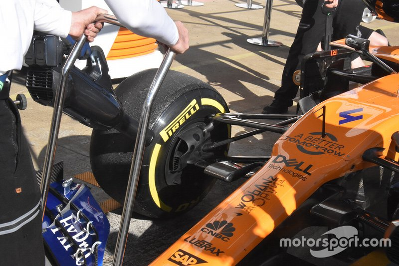 McLaren MCL34 technical part