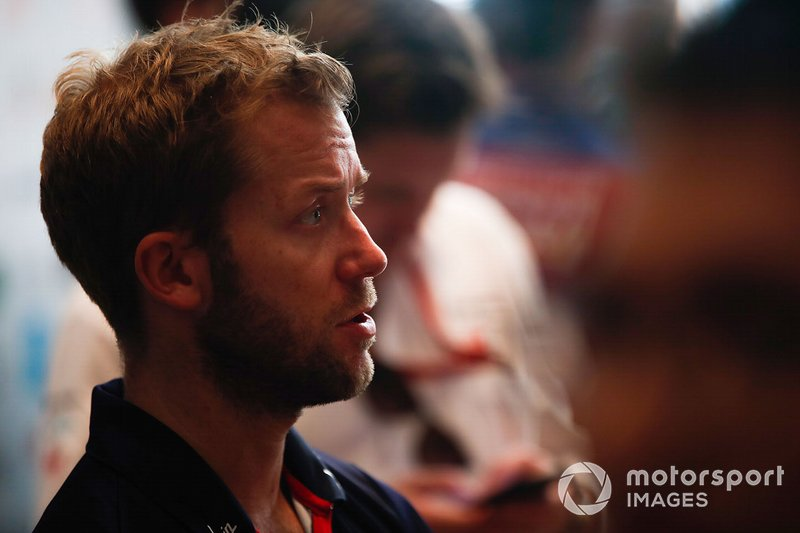 4 место: Сэм Берд (Envision Virgin Racing) – 54 очка