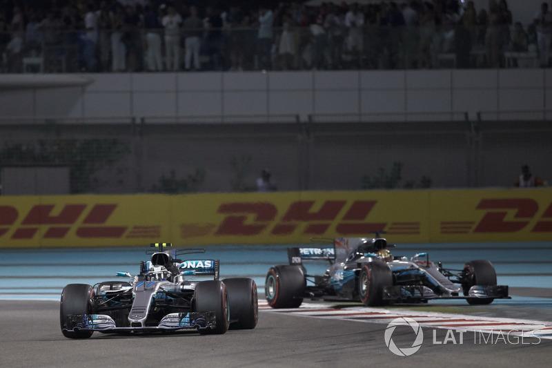 Valtteri Bottas, Mercedes AMG F1 W08, Lewis Hamilton, Mercedes AMG F1 W08