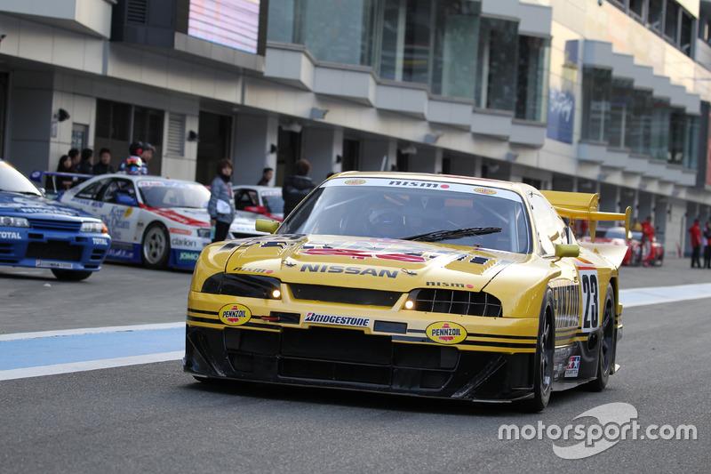 エリック・コマス/ペンズオイル・ニスモ GT-R(R33 スカイライン GT-R 1998 年 GT500 仕様)