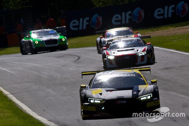 #17 Team WRT Audi R8 LMS: Stuart Leonard, Frederic Vervisch