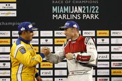 Podium: Race winner Juan Pablo Montoya and second place Tom Kristensen