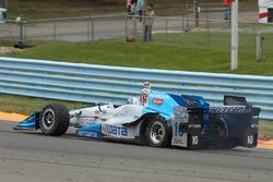 Tony Kanaan, Chip Ganassi Racing Honda in de problemen