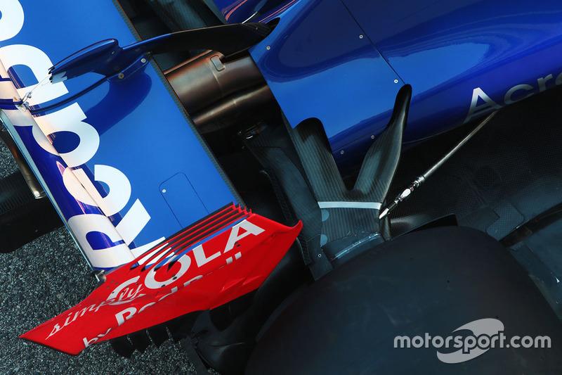 Задня підвіска Scuderia Toro Rosso STR12