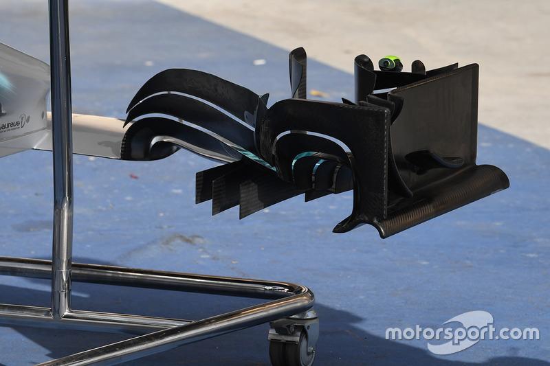 Mercedes AMG F1 W08, detalle del alerón delantero