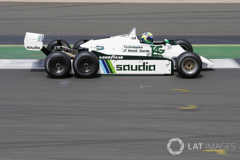 Felipe Massa, altı tekerlekli Williams FW08