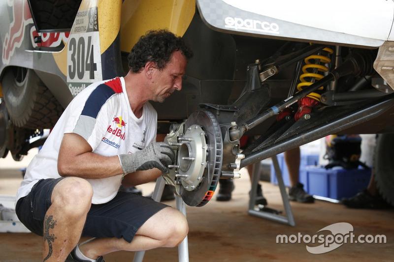 Mecánico de Team Peugeot Sport