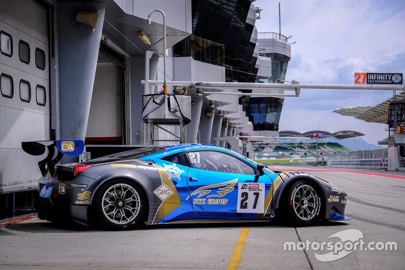 #27 Nexus Infinity, Ferrari 458 GT3:Adrian Henry D'Silva, Dominic Ang Ding Xiong, Garnet Patterson