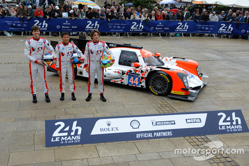 #44 Manor Oreca 05 Nissan: Тор Грейвс, Метт Рао, Роберто Мері