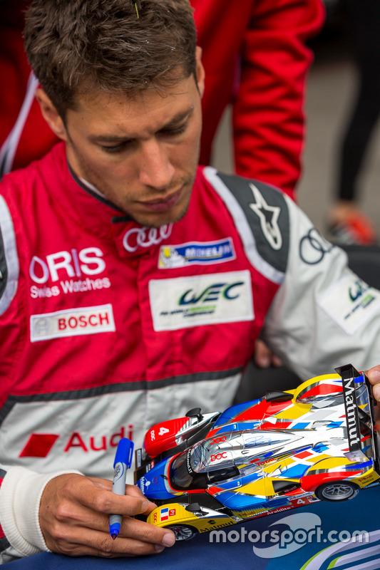 Audi Sport Team Joest: Loic Duval signs a Matmut model