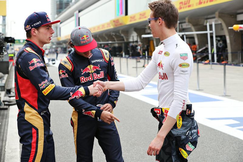 Данііл Квят, Red Bull Racing, Карлос Сайнс-мол., Scuderia Toro Rosso, та Макс Ферстаппен, Scuderia Toro Rosso