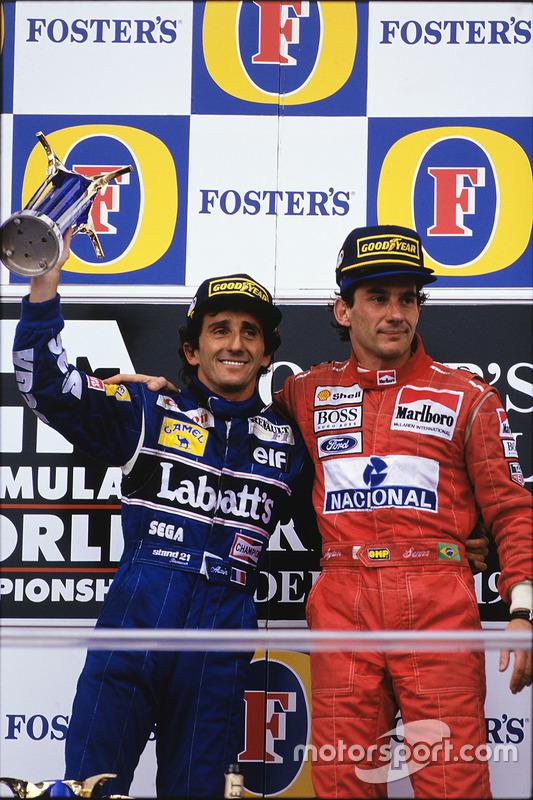 Podio: ganador de la carrera Ayrton Senna, McLaren; segundo lugar de Alain Prost, Williams