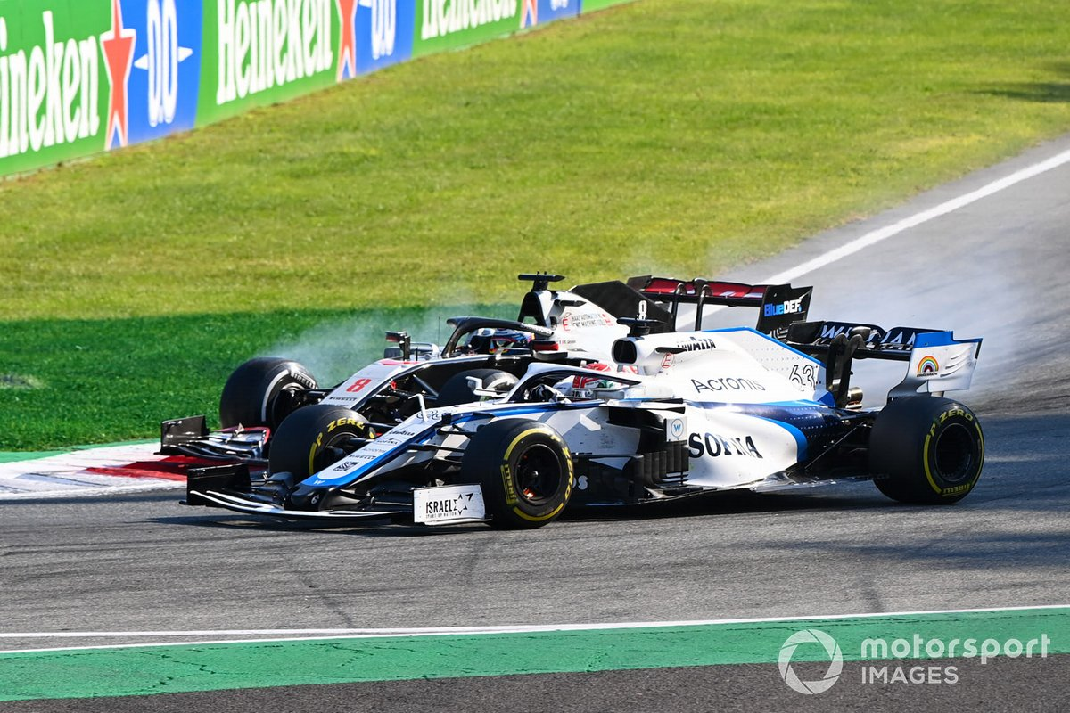 George Russell, Williams FW43 adelanta a Romain Grosjean, Haas VF-20.