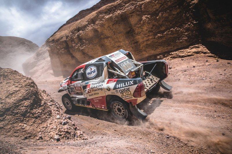 #301 Toyota Gazoo Racing Toyota Hilux: Нассель Аль-Аттія, Маттьйо Бомель