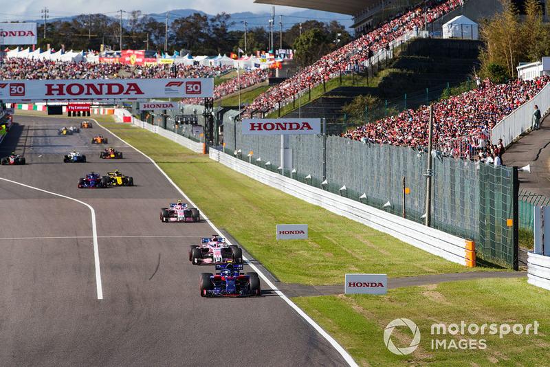 Pierre Gasly, Scuderia Toro Rosso STR13, Sergio Perez, Racing Point Force India VJM11 y Esteban Ocon, Racing Point Force India VJM11