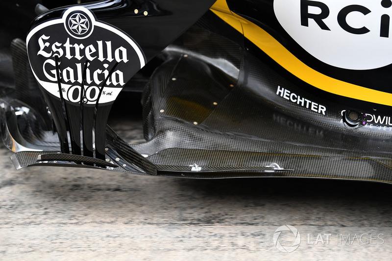 Renault Sport F1 Team R.S. 18 front floor detail