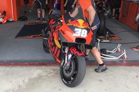 Bradley Smith, avec la KTM munie de son nouveau carénage