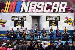 NASCAR Victory Lap: Die 16 Playoff-Teilnehmer 2017 stehen Rede und Antwort