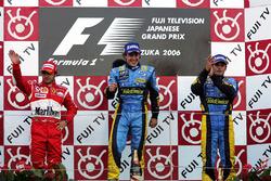Podium: Felipe Massa, Ferrari, Fernando Alonso, Renault and Giancarlo Fisichella, Renault