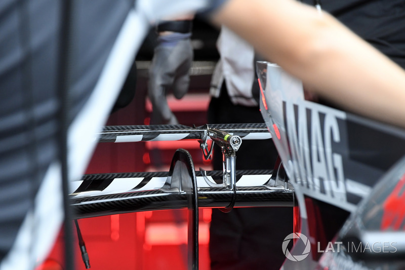 Haas F1 Team VF-17 rear wing detail