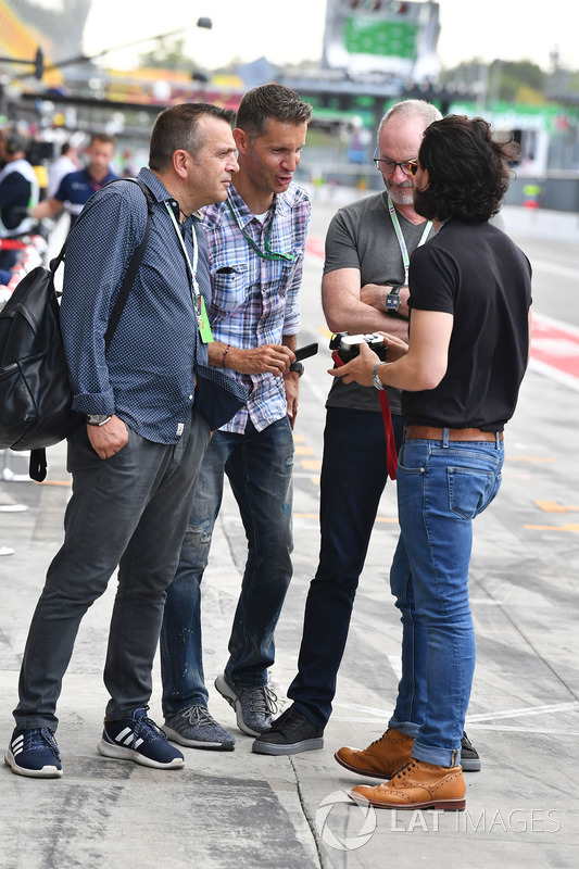 Liam Cunningham, Actor and Kit Harington, Actor, Ted Dobrzynski, viagp.com and Stefano Zuech, Motorsport Consultant