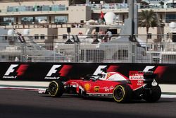 Sebastian Vettel, Ferrari SF16-H with a Halo cockpit cover