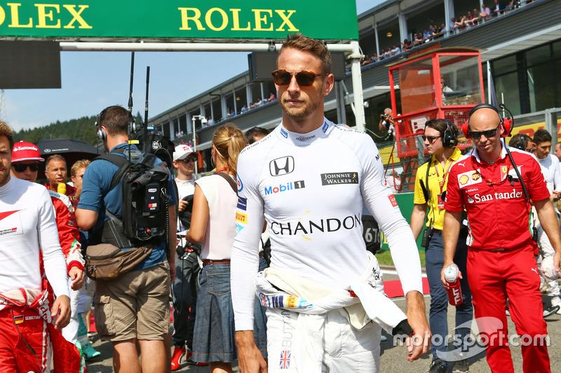 Jenson Button, McLaren in griglia
