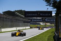 Nico Hulkenberg, Renault Sport F1 Team RS17, Carlos Sainz Jr., Renault Sport F1 Team RS17