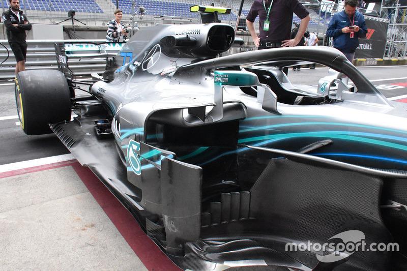 Область дефлекторов и понтон Mercedes F1 W09