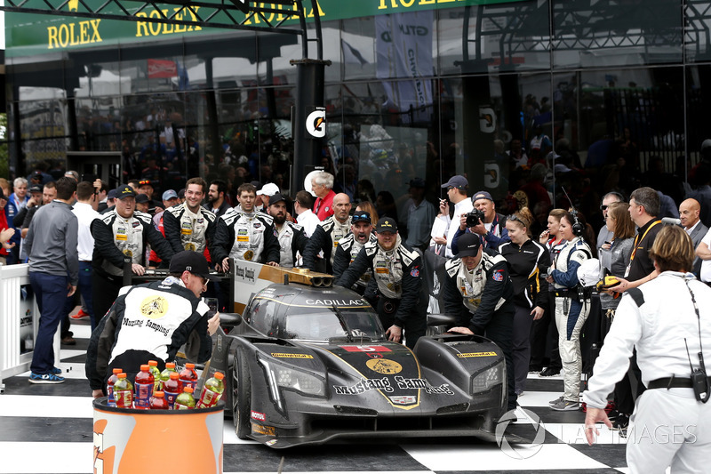 Victory lane, Car of #5 Action Express Racing Cadillac DPi: Joao Barbosa, Filipe Albuquerque, Christian Fittipaldi arrived