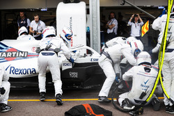 Lance Stroll, Williams FW41, makes a pit stop