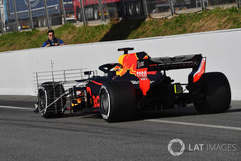 Max Verstappen, Red Bull Racing RB14 with aero sensor