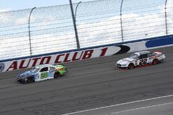 Christopher Bell, Joe Gibbs Racing, Toyota Camry GameStop TurtleBeach, Joey Logano, Team Penske, Ford Mustang Discount Tire