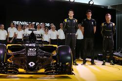 Джолион Палмер, Эстебан Окон и Кевин Магнуссен, Renault Sport F1 Team