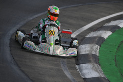 Gianluca Petecof à Bahreïn