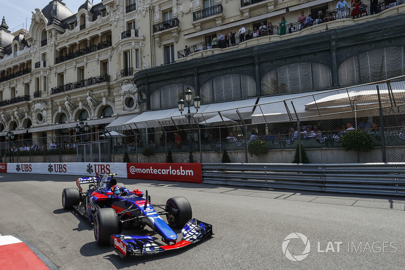 6: Карлос Сайнс-мл., Scuderia Toro Rosso STR12