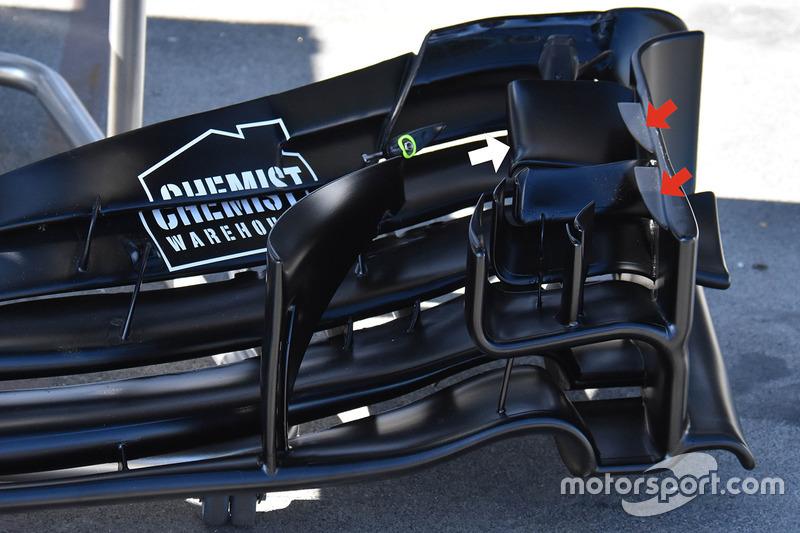 Переднее антикрыло Williams FW40