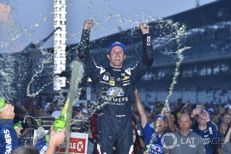 Ganador Kasey Kahne, Hendrick Motorsports Chevrolet