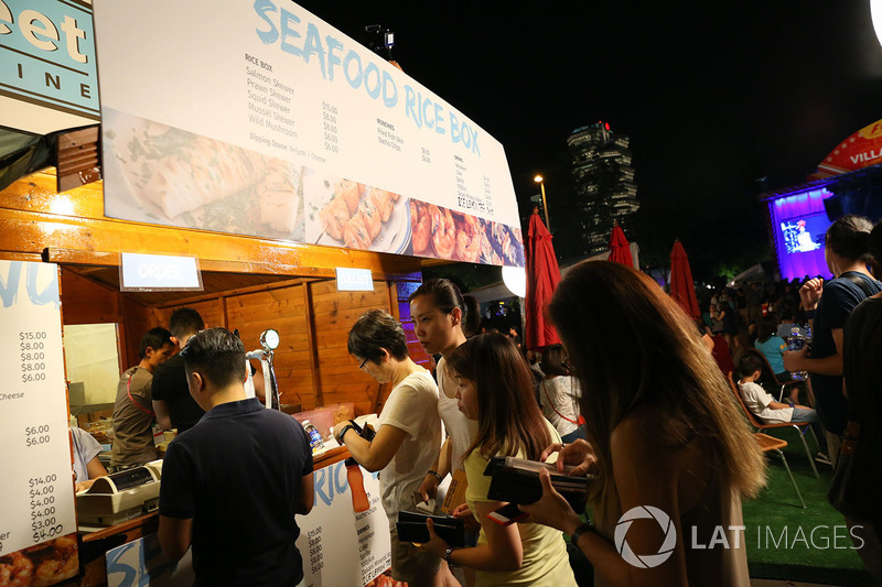 Fans and food outlet