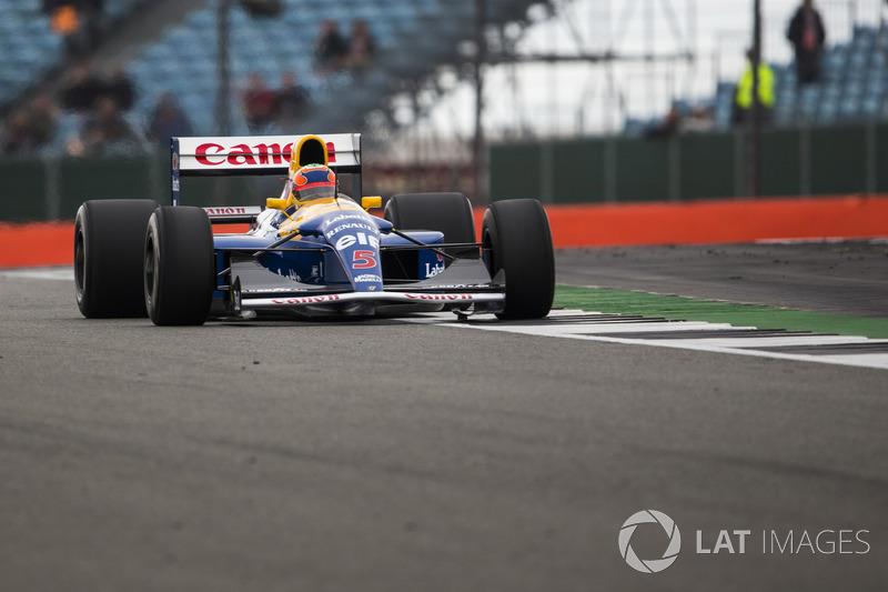 Karun Chandhok en el Williams FW14B Renault Sport F1 Team