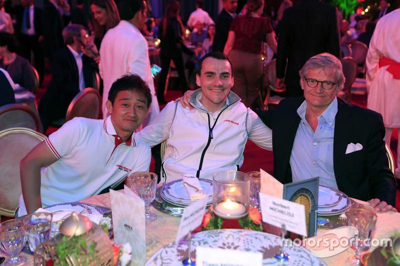 Ryo Michigami, Norbert Michelisz, Honda Racing Team JAS, Honda Civic WTCC  with Alessandro Mariani, Team Principal Honda Team JAS